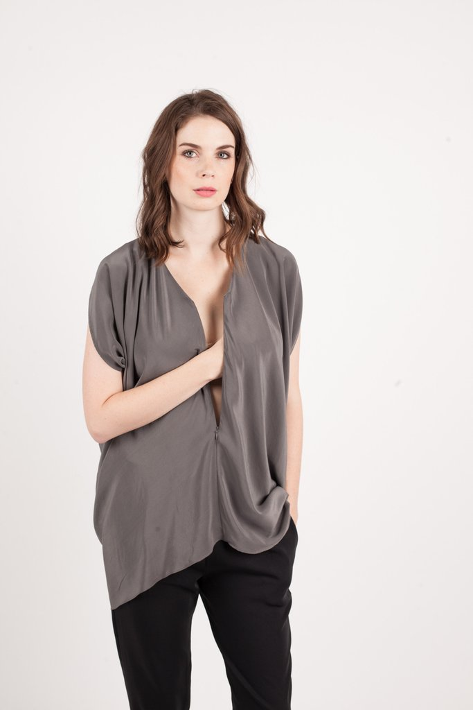 Kinwolfe The Silk Vibrant Tunic Top Nimbus Grey. Kinwolfe. $155.  Additional $50 off with code: THANKS.
