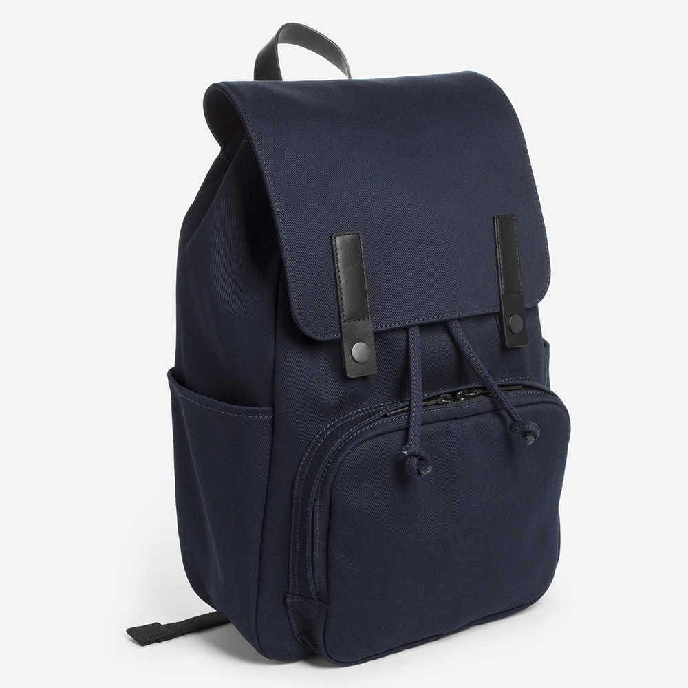 The Modern Snap Backpack. Available in multiple color combinations. Everlane. Fits 15 inch Macbook.