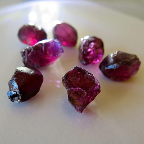 Rough Rhodolite Garnets from Kenya.