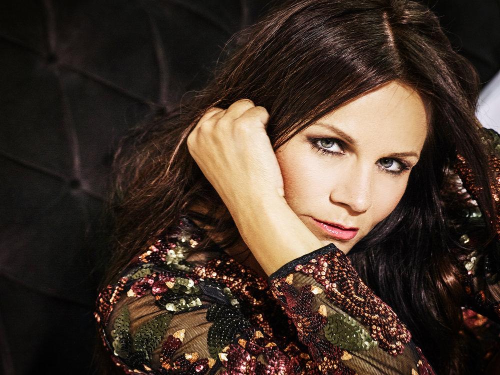 Singer Lena Philipsson for Blixten & Co