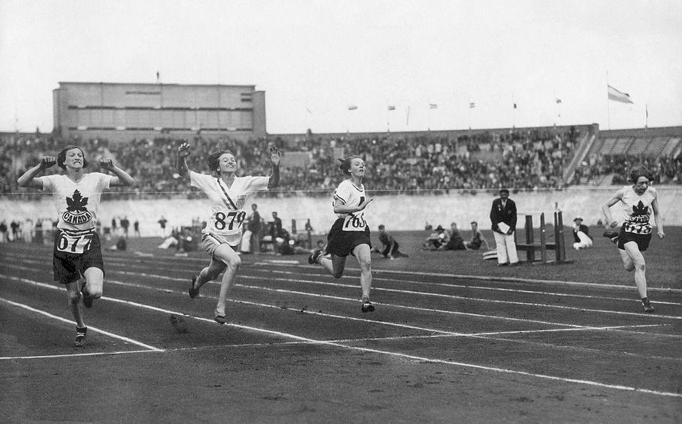 Vintage Ladies Sports Race