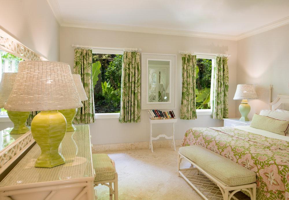Garden View Suite - Bedroom.jpg