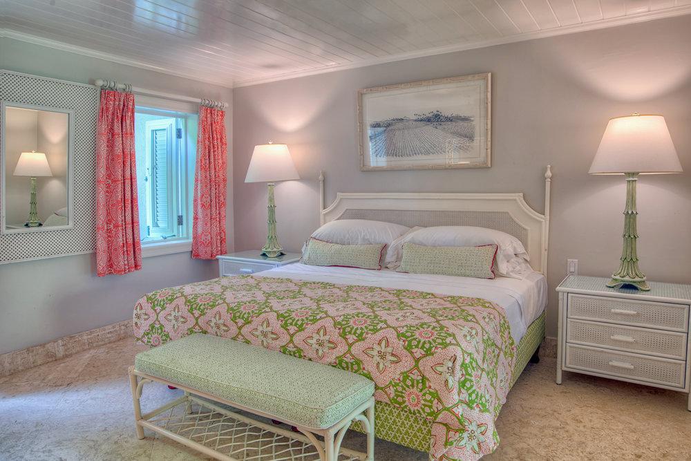 Ocean View Suite - Bedroom.jpg