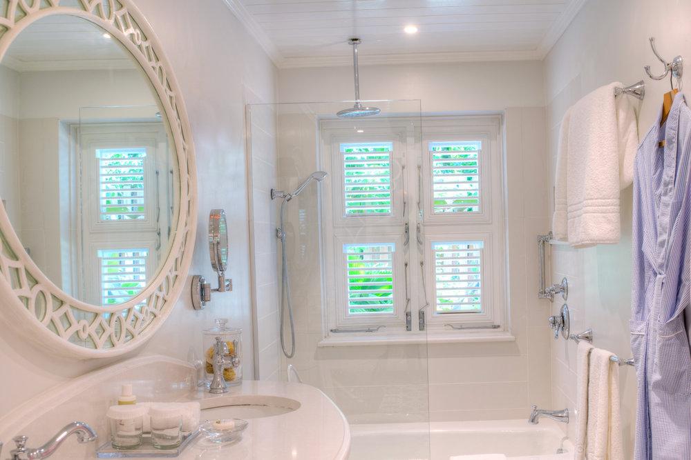 Ocean View Suite - Bathroom.jpg