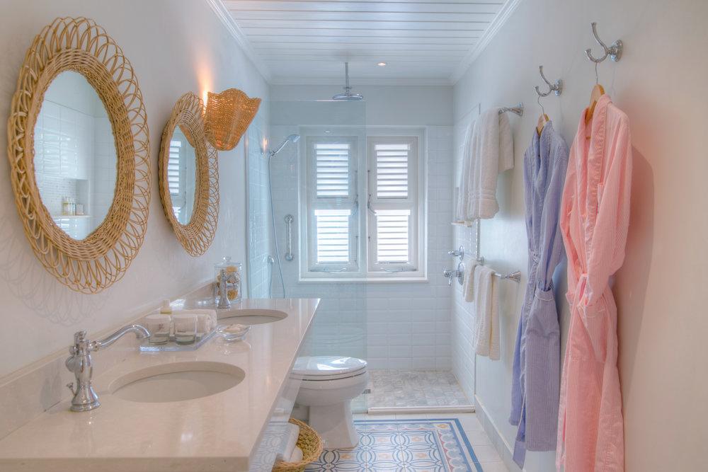 Ocean Front Suite - Bathroom.jpg