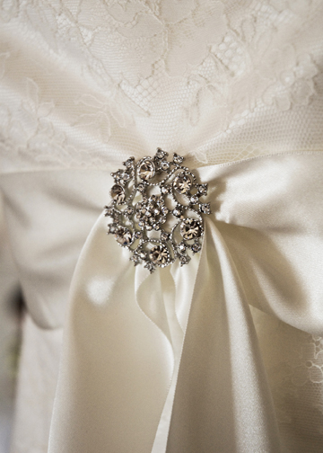 Accessorise your wedding dress with a vintage brooch