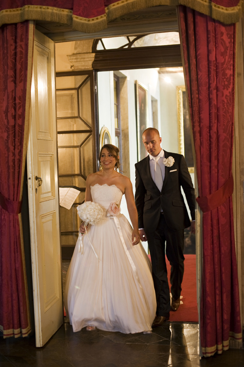 Bride and Groom arrive for marriage ceremony - photo by Pearl Pictures