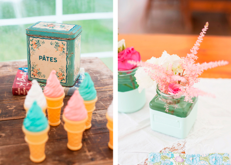 Mini ice-cream bubble dispensers, flower table decoration
