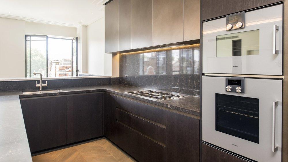 Carter Jonas-Apartment 4.2 The Cavendish-23_Hi.jpg