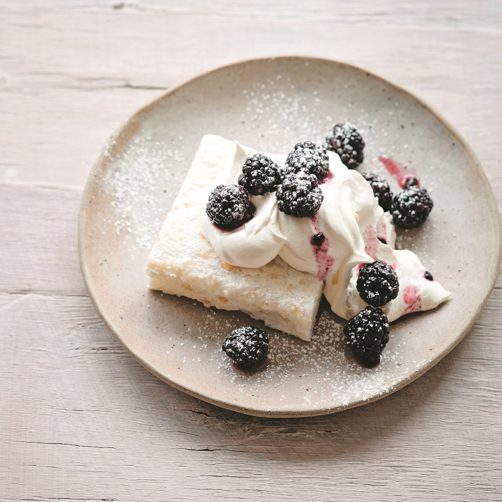 Soft hazelnut meringue with blackberries.jpg
