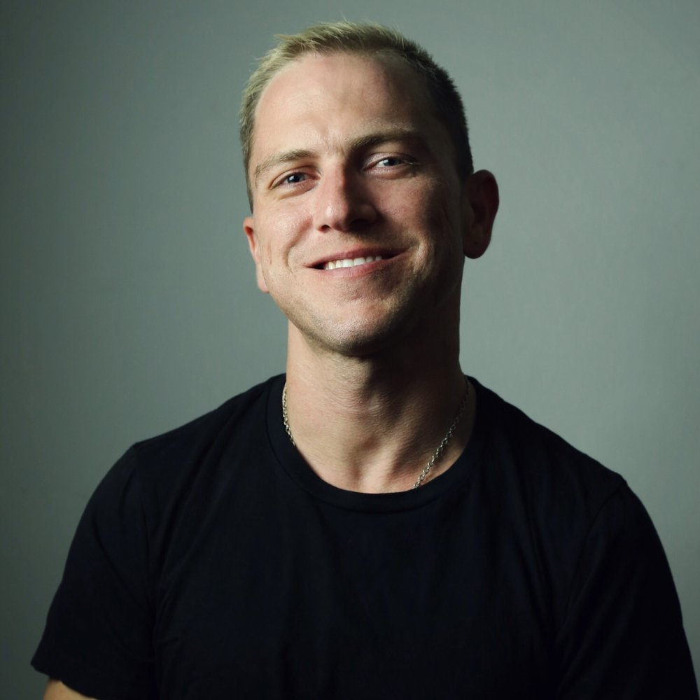 Cody Moorefieldcoach - Cody Moorefield hails from North Carolina where he started his career over a decade ago. He moved to NYC almost 5 years ago to start over and take his career to the next level. Cody has worked corporate positions for L'Oreal, educated for major brands, and has been trained by some of the top players in the industry. In 2017, Cody started the Hair Babes program with DTH to further his career beyond what he had done on his own. He has recently joined the DTH team with as a junior coach. Cody is excited to share with other professionals and take them to their next level! Cody can be found BTC in New York City.