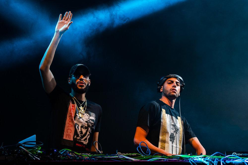 LONGITUDE - DJ.JPG