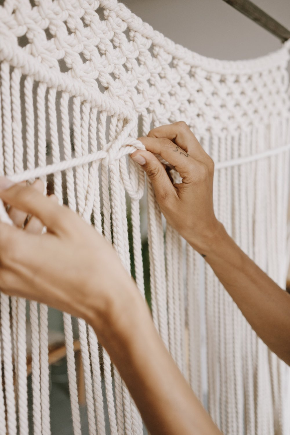ABHA weaves together people, community and craft. We offer private and group Macrame workshops from our studio in Barcelona. -