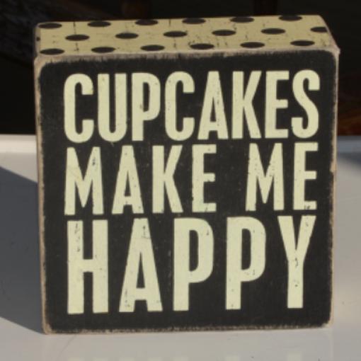 happy cupcake1.jpg