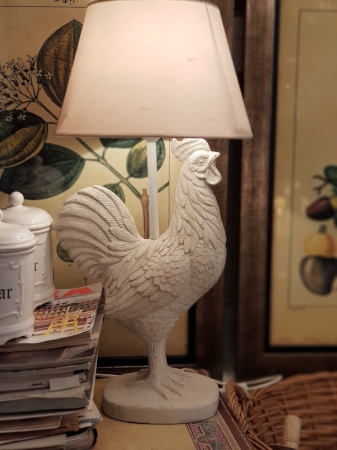 lámpara madera gallo