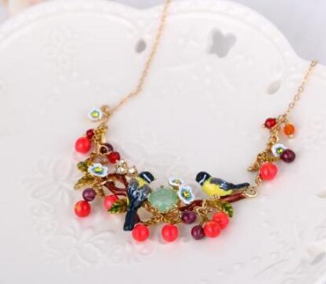 Collar Les Fleurs pájaros y flores