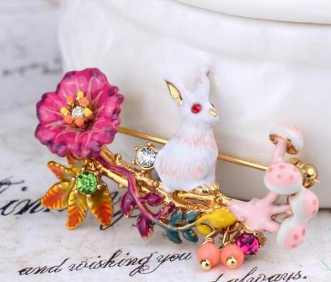 prendedor les fleurs conejo