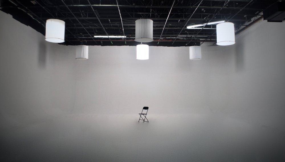 centre et grille Studio Rouge.jpg