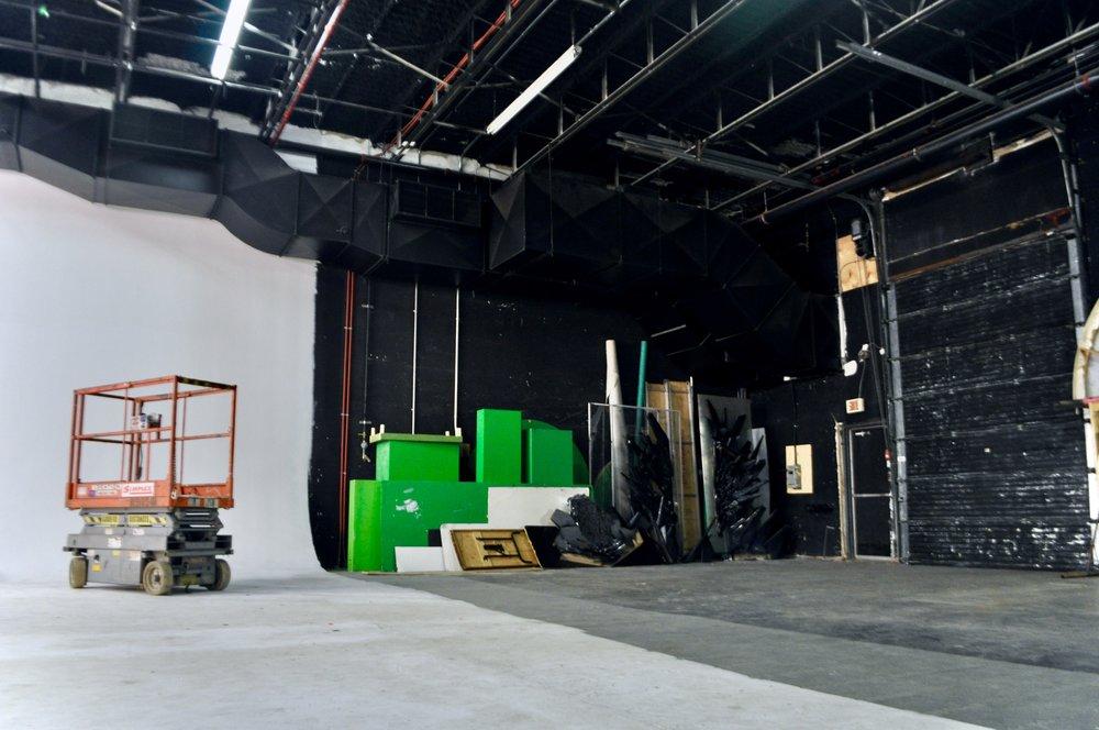 arrière cour - Studio Rouge.jpg