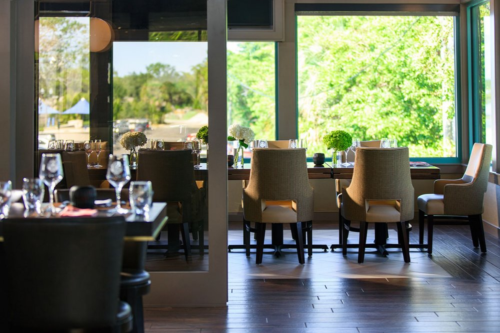 Parker-Torres-The-Vinoy-Club_Private_Dining_01.jpg