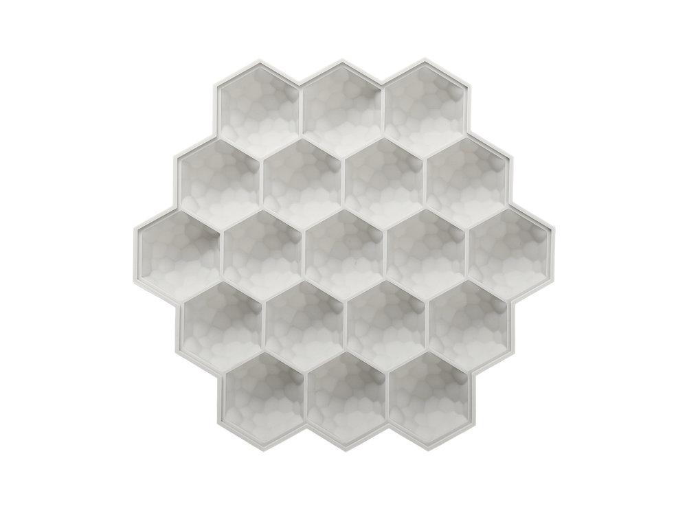 Honeycomb-Ice-Cube-Tray-Beige_CD033.JPG