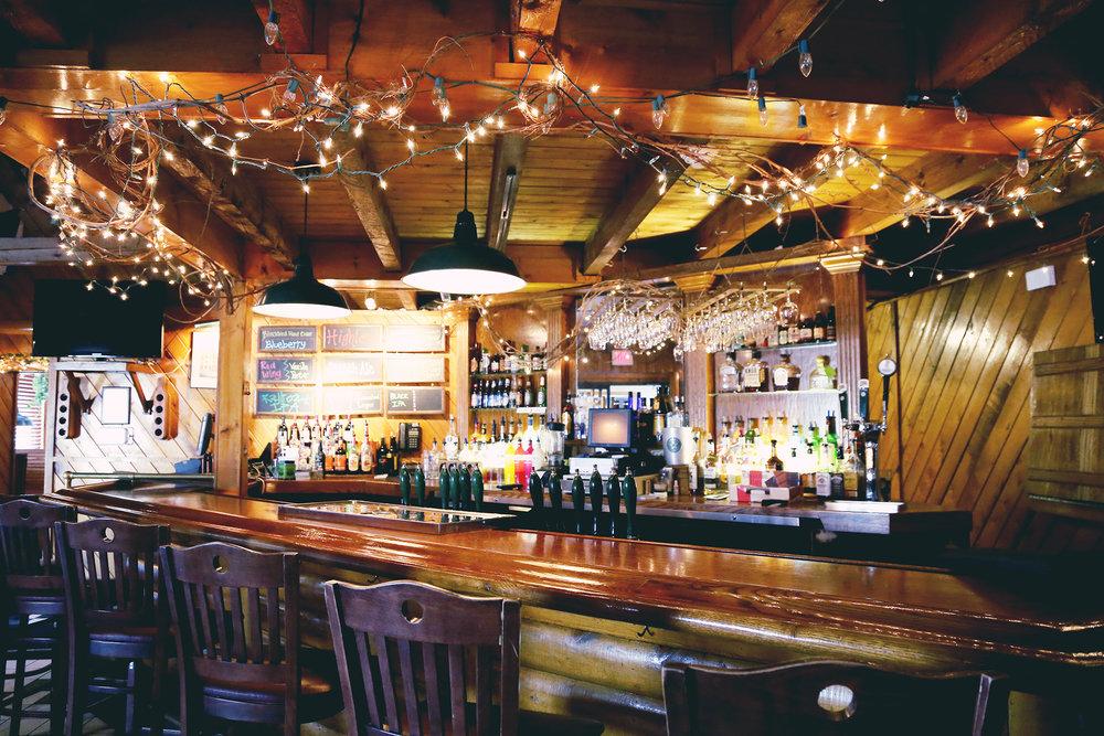Rohrbach Brewpub Bar