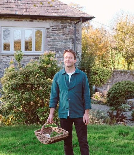 For Fans of Foraging, Cornwall is the Place To Be -