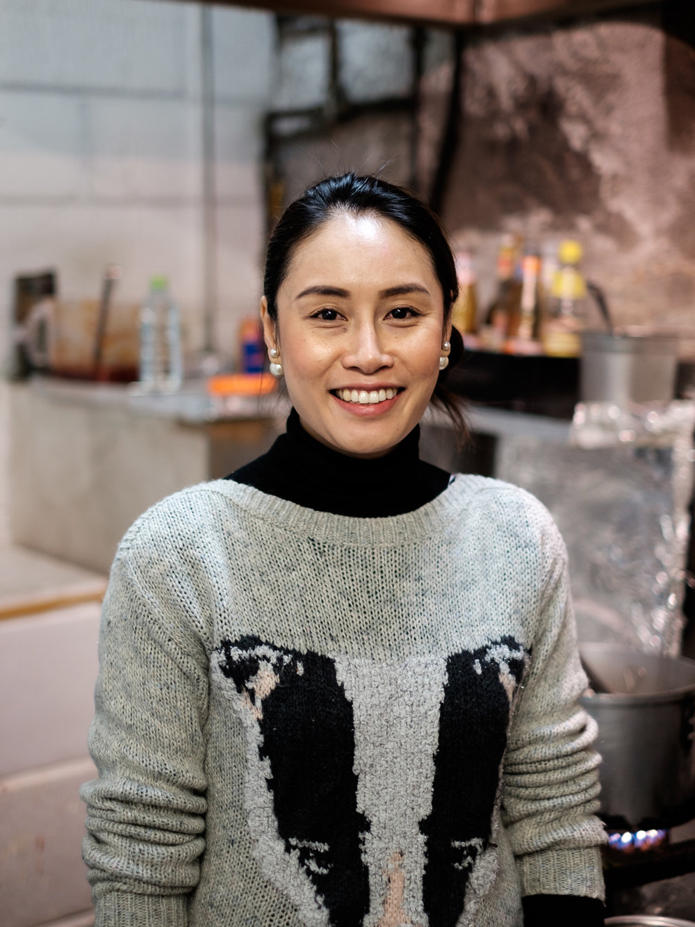 How This Thai Chef Taught Herself To Cook Using YouTube - Munchies