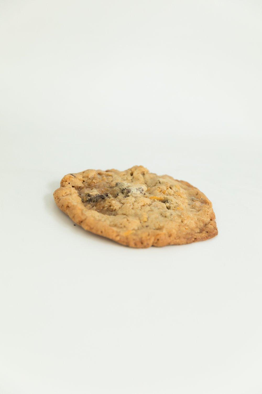 chocolate chip cookie with chocolate chunks