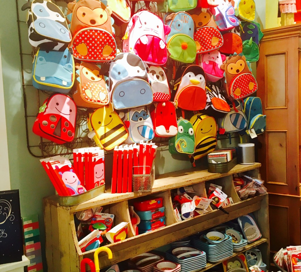 In addition to carrying many of your favorite brands, Itty Bitty Bella also boasts an impressive Skip Hop collection!