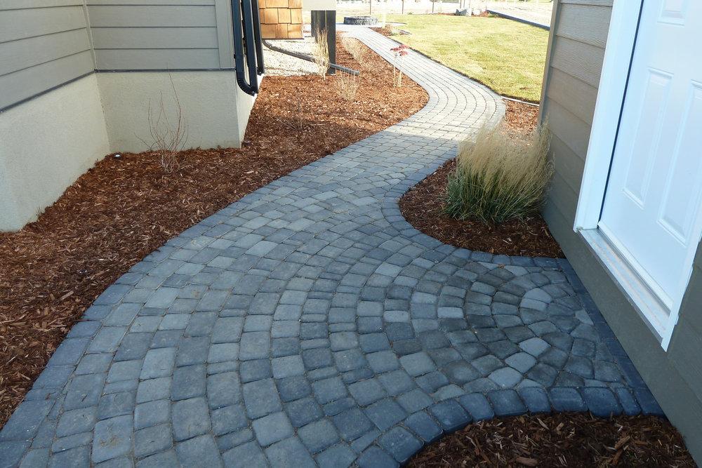 sidewalk-curved-4.jpg