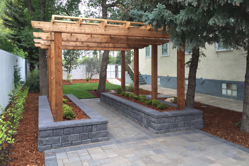 custom-wood-arbour.jpg