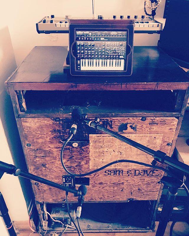 ...Hardware... ...Software... #theengramstudio #homestudio #recordingstudio #lesliespeaker #korg #korgmicro #korgms20 #gearporn #studioporn #apple #Audix #ilovemusic #livemusic #newmusic #comingsoon