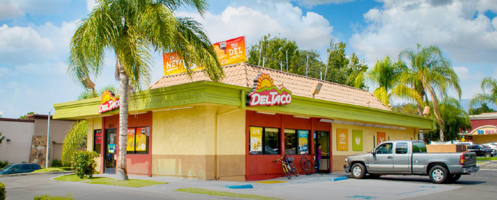 Del Taco Picture.png
