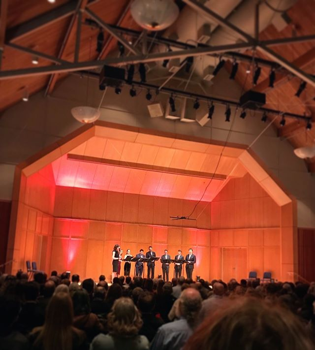 We've stepped off a cross-country flight and arrived in sunny Florida after a concert for this brilliant audience in Portland, OR. From one coast to another! (Thanks to @jvondreher for the photo!) #voces8ontour #seatoshiningsea