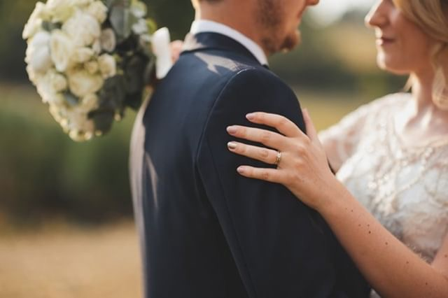 tom and laura's beautiful day -