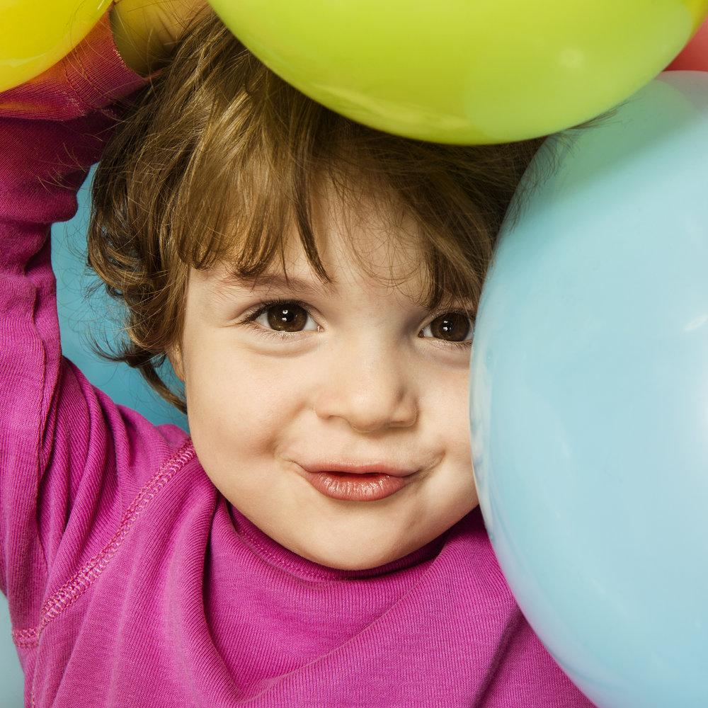 kinderfotos-mit-luftballons.jpg
