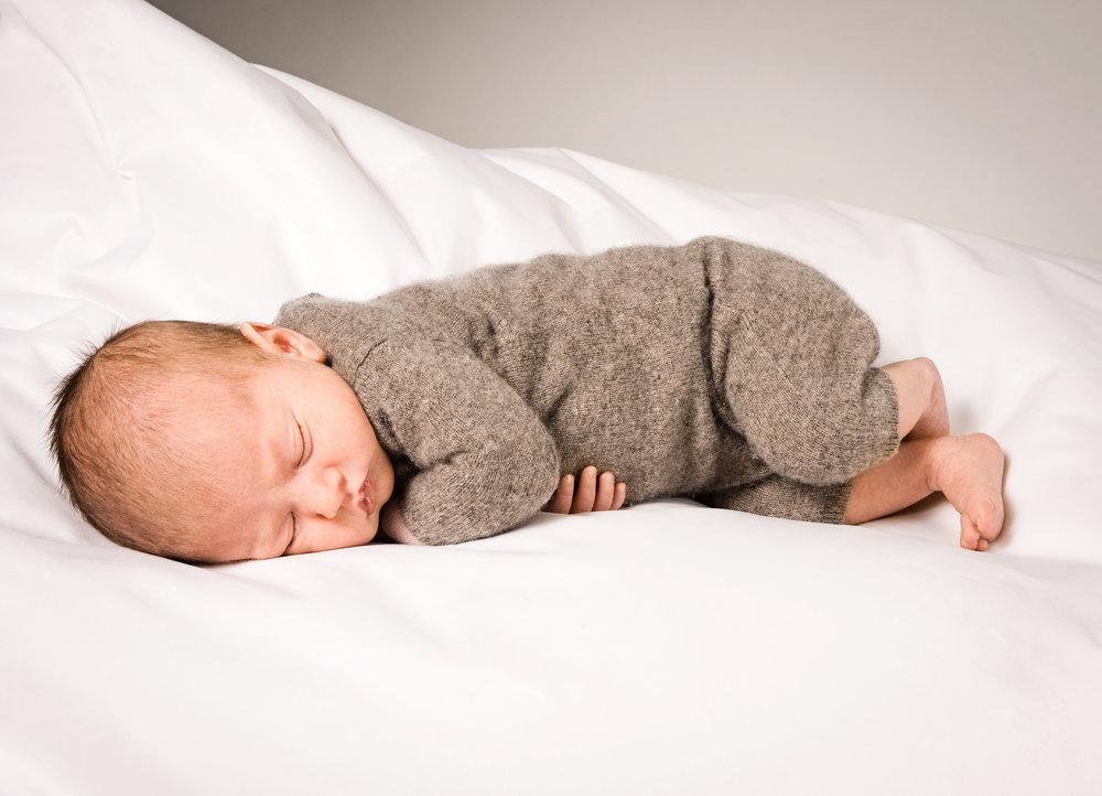 neugeborenenshooting-im-fotostudio.jpg