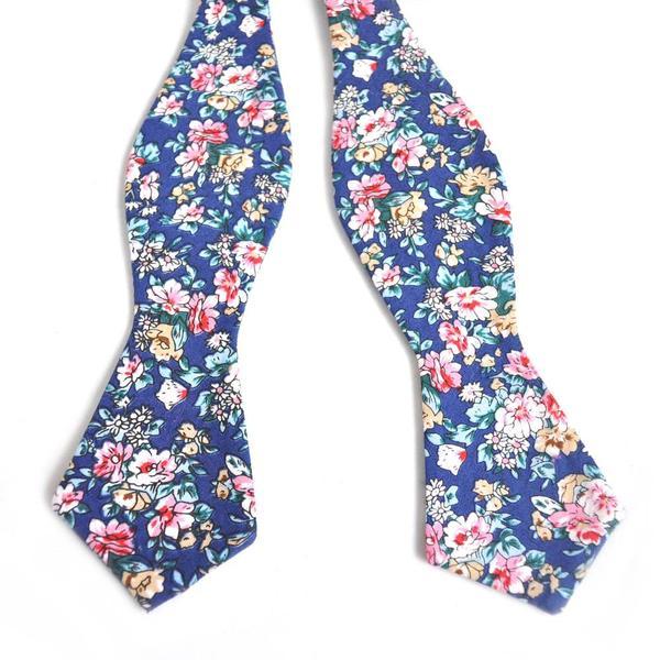 DAZI_Blue_Floral_Bow_Tie_2_grande.jpg