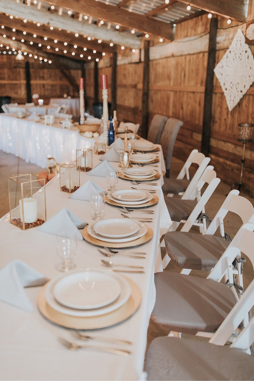 41_5W9A9802_Barn_natural_Fun_adventurous_Ohio_Party_Wedding.jpg