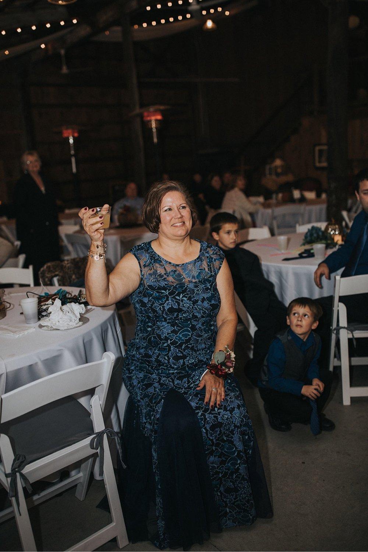 50_5W9A0819_speech_Dance_First_Fun_adventurous_Wedding_Barn_Ohio_Party_Dancing_natural_reception.jpg