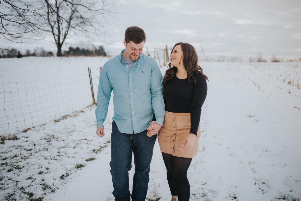 civington-ohio-farm-engagement-session-1.jpg