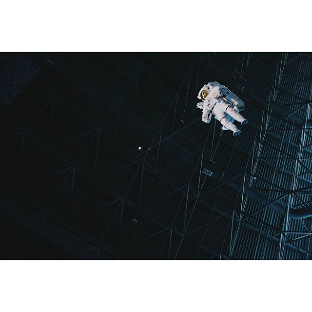 A frontier, but hardly final #toinfinityandbeyond ! . . . . #astronaut #space #spacewalk #futuredestination #free #freefallin #fallingwithstyle #nx1000 #vsco