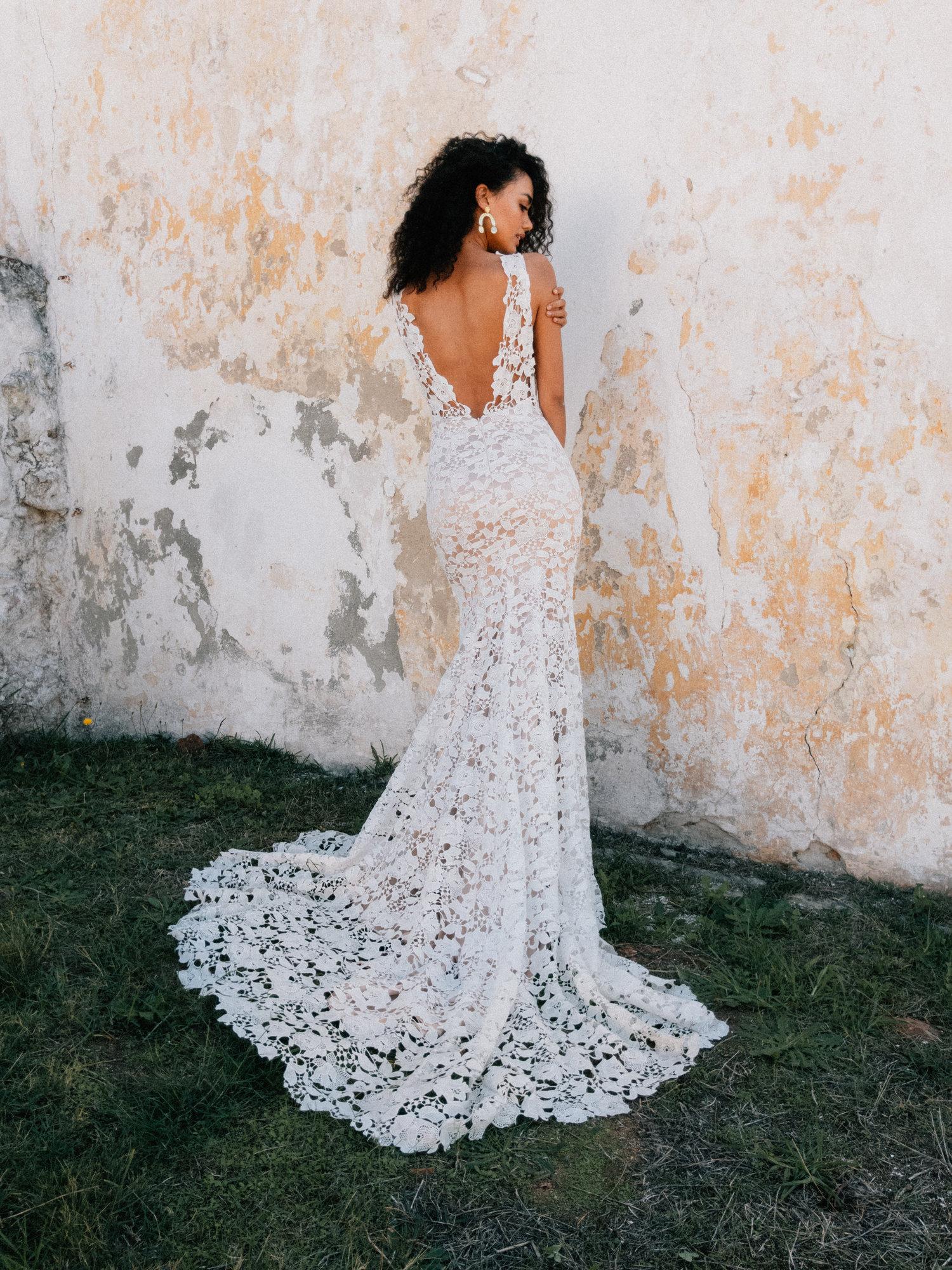 Laudae Trunk Show Arc Bridal Omaha Nebraska,Sample Sale Wedding Dresses