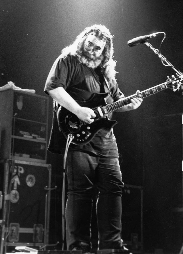 Jerry Garcia-3.jpg