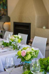 wedding-table-at-kawau-beach-house.jpg