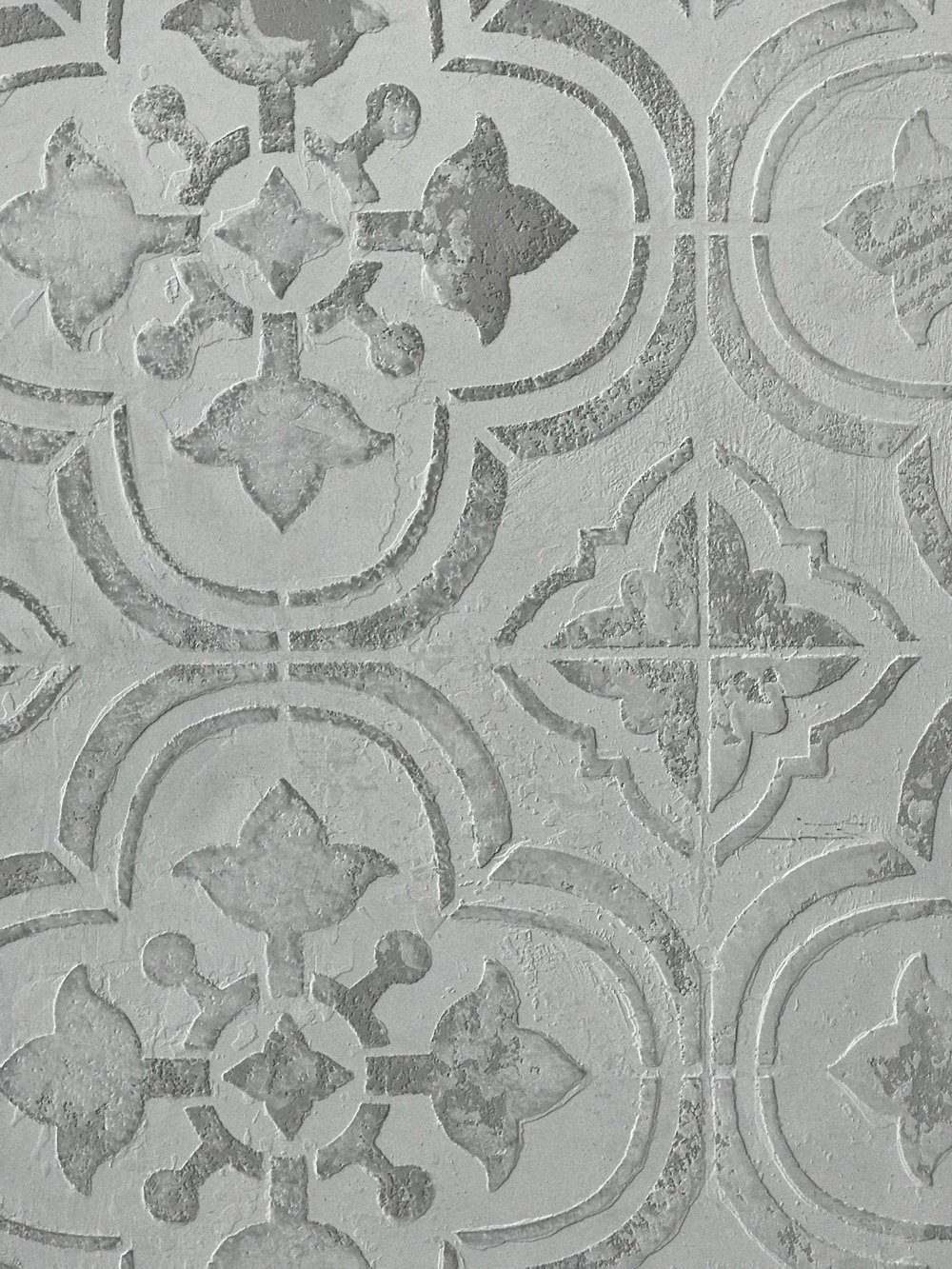 FirmoLux Piatto with Tile Stencil and Wash