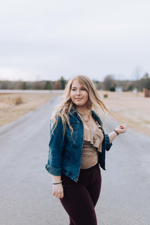 Stephenie-Masat-Photography-Emma-Baedke-Senior-Session-24.jpg