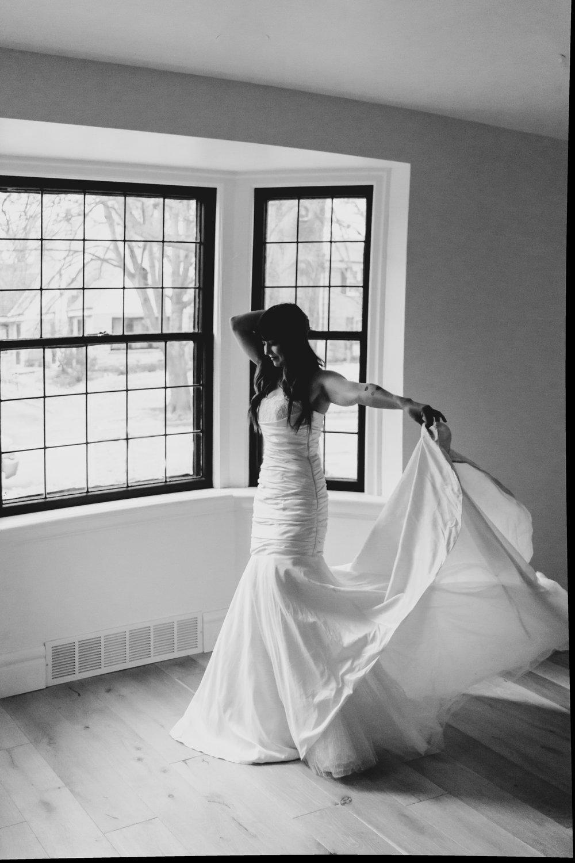 Stephenie-Masat-Photography-Amy-Algya-Spears-Bridal-Session-30.jpg