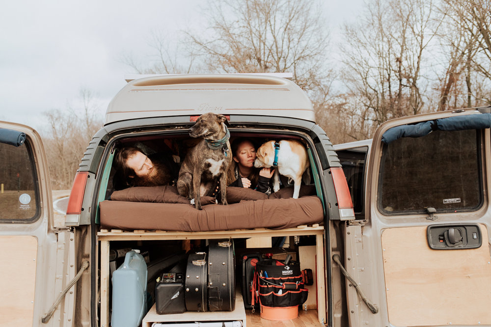 Stephenie-Masat-Photographer-Gnomad-Home-Couples-Session-13.jpg